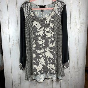 Style & Co. Stretch Top w/ Sheer Long Sleeves (L)